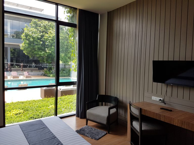 Deluxe Pool View Room20190615_125819