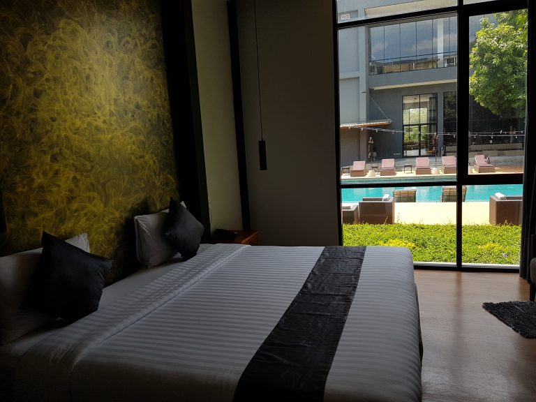 Deluxe Pool View Room20190615_125838