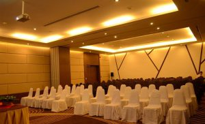 Meetings & EventsMeetings3-min