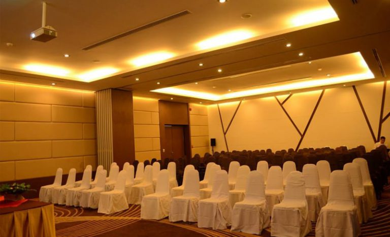 Meetings & EventsMeetings3-min